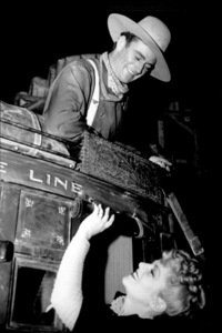 """""""Stagecoach,""""John Wayne and Claire Trevor1939/UAMPTV/ © 1978 Ned Scott Archive - Image 6015_0152"""