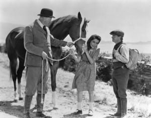 """National Velvet""Elizabeth Taylor, Reginald Owen and Mickey Rooney1945 MGM**R.C.MPTV - Image 6019_0009"