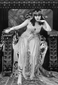"""Cleopatra""Theda Bara1917 Fox Film Corporation**I.V. - Image 6101_0006"