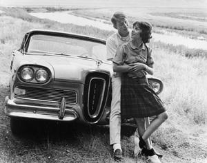 """""""American Graffiti""""Ron Howard, Cindy Williams1973 Universal Pictures - Image 6199_0010"""