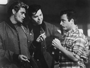 """American Graffiti""Bo Hopkins, Beau Gentry, Richard Dreyfuss1973 Universal Pictures - Image 6199_0052"