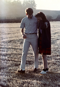 """""""American Graffiti""""Ron Howard, Cindy Williams1973 Universal Pictures** I.V. - Image 6199_0165"""