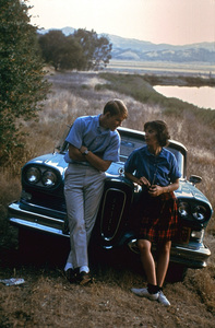 """""""American Graffiti""""Ron Howard, Cindy Williams1973 Universal Pictures** I.V. - Image 6199_0201"""