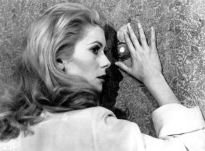 """Belle de Jour""Catherine Deneuve1967 Paris Film/Five Film**I.V. - Image 6231_0014"