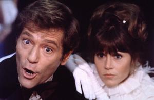 """Fun With Dick and Jane""George Segal, Jane Fonda1976/Columbia © 1978 Mel Traxel - Image 6432_0001"