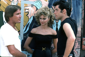 """Grease""Director Randal Kleiser, Olivia Newton-John, John Travolta © 1978 Paramount Pictures** I.V. - Image 6457_0037"