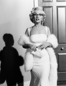 """How to Marry a Millionaire""Marilyn Monroe1953 20th Century Fox** I.V. - Image 6497_0032"