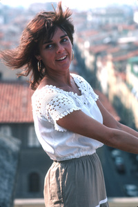 Ali MacGraw on location in Europe duringfilm production1981/**H.L. - Image 6628_0116