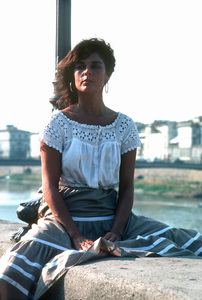 Ali MacGrawon location in Europe during film production1981/**H.L. - Image 6628_0117