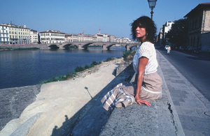 Ali MacGrawon location in Europe duringfilm production1981/**H.L. - Image 6628_0124