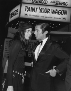 """Ali Macgraw and Robert Evans at the""""Paint Your Wagon"""" Premiere1969 **I.V. - Image 6628_0185"""