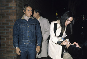 Ali MacGraw and Steve McQueencirca 1972 © 1978 Gary Lewis - Image 6628_0213