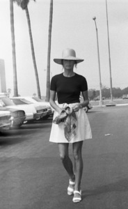 Ali MacGraw at the Santa Monica Court building during her divorce from Robert Evanscirca 1973© 1978 Gary Lewis - Image 6628_0220