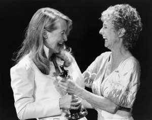 """Meryl Streep receives her Best Supporting Actress Oscar from Cloris Leachman during """"The 52nd Annual Academy Awards"""" at the Dorothy Chandler Pavilion  April 14, 1980 ** B.D.M."""