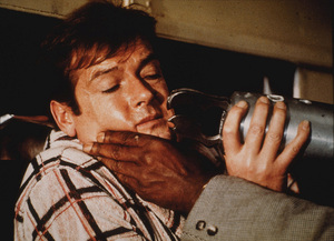 """""""Live and Let Die,"""" Roger Moore © 1973 UA / MPTV - Image 6773_0101"""