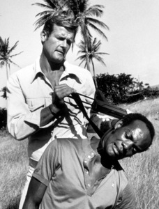 """""""Live and Let Die,"""" Roger Moore1973 MGM / MPTV - Image 6773_0106"""