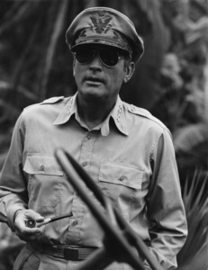 """""""MacArthur""""Gregory Peck1977 Universal Pictures© 1978 Larry Barbier - Image 6783_0015"""