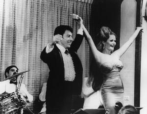 """Lenny""Dustin Hoffman, Valerie Perrine1974 MGM / UA - Image 6799_0010"