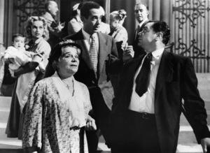 """Karen Steele, Esther Minciotti, Jerry Paris and Ernest Borgnine in """"Marty""""1955 United Artists** I.V. - Image 6831_0013"""