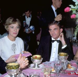 "Blake Edwards and Julie Andrews at the ""Hawaii"" premiere1966** I.V. - Image 7068_0021"