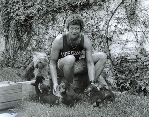 Robert Reed at homewith his pets, c. 1973 © 1978 Kim Maydole Lynch - Image 7131_0008