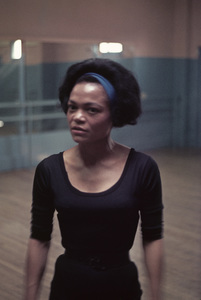 Eartha Kitt1962Photo by Ernest E. Reshovsky© 1978 Marc Reshovsky - Image 7143_0024