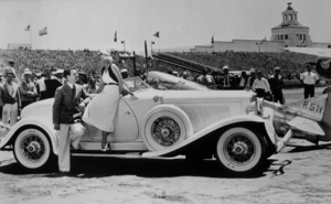 Jean Harlow with her 1932 Auburn SpeedsterC. 1932**R.C. - Image 716_1177