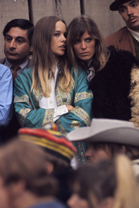 """Michelle Phillips and Jill Gibson at """"The Monterey Pop Festival""""1967 © 1978 Gunther - Image 7201_0014"""