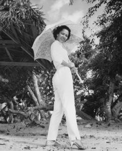 """Dorothy Dandridge in """"Island in the Sun"""" 1957 ** I.V. - Image 7250_0055"""