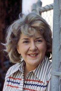 Maureen Stapletoncirca 1975** H.L. - Image 7317_0025