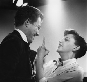 """Photographer Bob Willoughby and Judy Garland during the making of """"A Star Is Born""""1954 © 1978 Bob Willoughby - Image 7512_0016"""