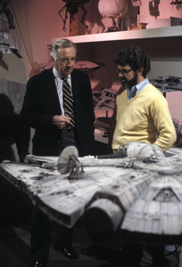 Walter Cronkite and George Lucas1977Photo by Gabi Rona - Image 7556_0004