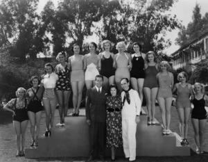 """""""Gold Diggers of 1937""""Busby Berkeley1937 Warner Brothers**I.V. - Image 7644_0001"""
