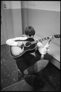 John Lennon of the Beatles in Montreal 1964 © 1978 Gunther - Image 7648_0023
