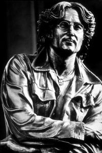 John Lennon sculpture, Los Angeles, CA, 1980. © 1980 Ulvis Alberts - Image 7648_0026