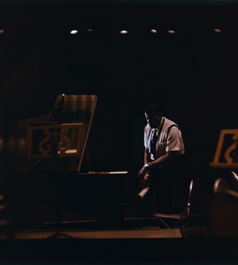 Oscar Peterson at a rehearsal1962 © 1978 Ken Whitmore - Image 7674_0004