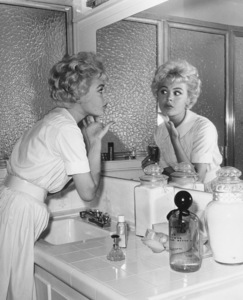Sandra Dee at home preparing for a datecirca 1956Photo by Joe Shere - Image 7678_0110