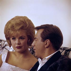 Sandra Dee and Bobby Darincirca 1960s© 1978 Gunther - Image 7678_0118