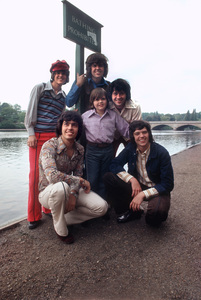 """The Osmonds""Donny,Merrill, Wayne,Alan,Jimmy,& Jay1972 © 1978 Bregman - Image 7682_0031"