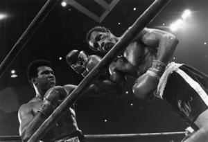 Muhammad Ali vs. Ken Norton at Yankee Stadium in New York City September 28, 1976 © 1978 Gunther - Image 7683_0156