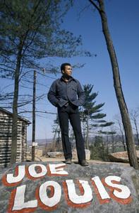 Muhammad Ali at training camp preparing for Joe Louis fight1980 © 1980 Gunther - Image 7683_0183