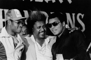 Muhammad Ali, Holmes, & Don King. © 1980 Gunther. - Image 7683_0334