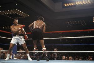 Muhammad Ali vs. Leon Spinks / Las Vegas Hilton / Las Vegas, Nevada1978 © 1978 Gunther - Image 7683_0437