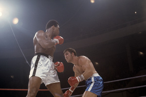 Muhammad Ali fighting Jerry Quarry in Atlanta, Georgia1970© 1978 Gunther - Image 7683_0634