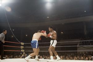 Muhammad Ali fighting Jerry Quarry in Atlanta, Georgia1970© 1978 Gunther - Image 7683_0636
