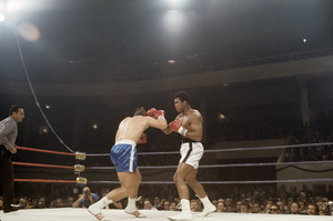Muhammad Ali fighting Jerry Quarry in Atlanta, Georgia1970© 1978 Gunther - Image 7683_0636