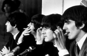 The Beatles at a press conferencein Los Angeles, CA. 1966 © 1978 Bud Gray / MPTV - Image 7685_0013