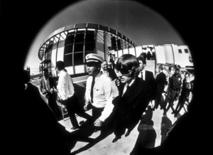 The Beatles, arriving in Los Angeles, CA1966 © 1978 Bud Gray / MPTV - Image 7685_0027
