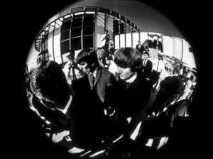 The Beatles, arriving in Los Angeles, CA, 1966 © 1978 Bud Gray / MPTV - Image 7685_0028
