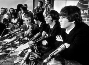 The Beatles, during a press conference in Los Angeles, CA. 1966 © 1978 Bud Gray / MPTV - Image 7685_0030